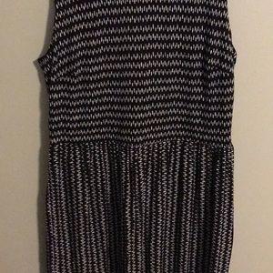 LOFT Dresses - LOFT dress with black and white pattern